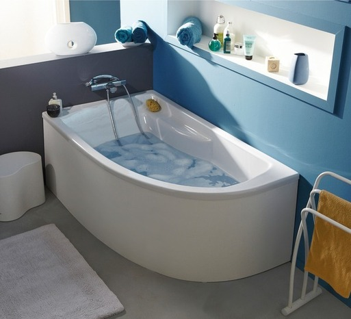 baignoire avec rangement id es de conception sont int ressants votre d cor. Black Bedroom Furniture Sets. Home Design Ideas