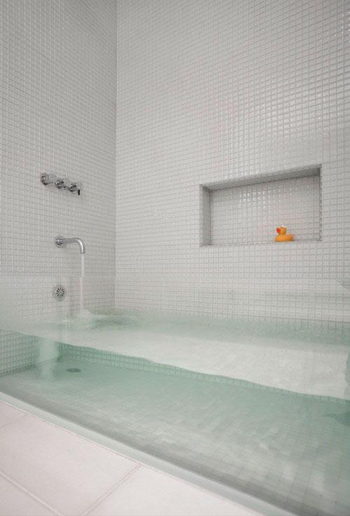 baignoire transparente