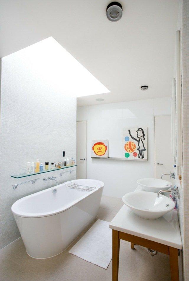 baignoire ilot dans petite salle de bain